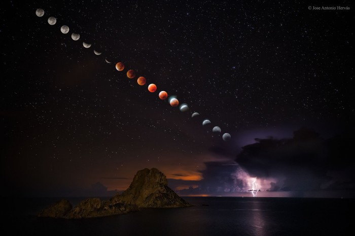 LightningEclipse_Hervas_1900